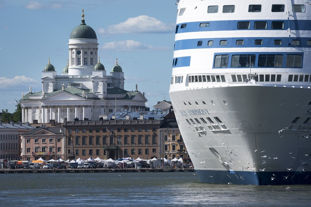 Helsinki is a city of the most beautiful church and big ships (photo S. Stenroos).